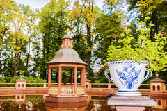 Sommarträdgården - parkera komplexet, en monument av landskapkonst av Royaltyfri Fotografi