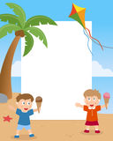 Sommarungar på strandfotoramen Royaltyfria Foton