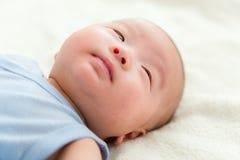 Sommeil de bébé garçon Photos libres de droits