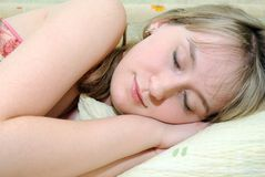 sommeils de fille Photo libre de droits