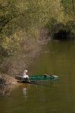 Sommer auf dem Fluss lizenzfreie stockbilder