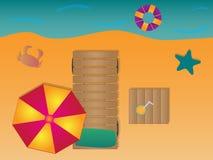 Sommer auf Strand mit Krabbe und Starfish mit Steigungen lizenzfreie abbildung