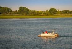 Sommer-Bootfahrt stockfoto