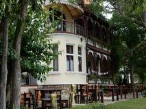 Sommer café unvorsichtiger Tourist stockfotografie