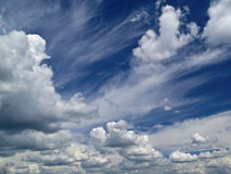 Sommer cloudscape Stockfotos