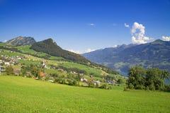 Sommer in den Alpen Lizenzfreies Stockbild