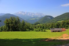 Sommer in den Alpen Stockfoto