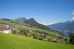 Sommer in den Alpen Stockbilder