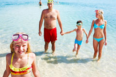 Sommer durch Küste Lizenzfreie Stockfotografie