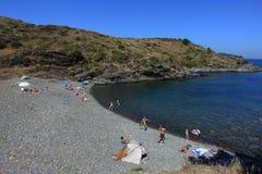 Sommer: eine Bucht des Kaps der Kreuze in Spanien mit blauem Meer Stockfotos