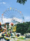 Sommer Ferris Wheel lizenzfreie stockfotografie