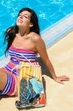Sommer genießen Frau Lizenzfreie Stockbilder