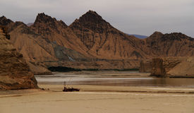 Sommer im Golmud-Fluss Lizenzfreie Stockfotografie