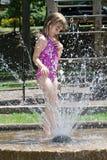 Sommer kühlen weg ab Lizenzfreie Stockbilder