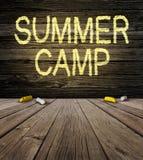 Sommer-Lager-Zeichen Stockfotografie