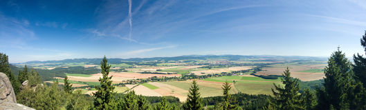 Sommer Landschaft-Broumov Wand-TschechischEuropa lizenzfreie stockfotos
