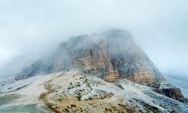 Sommer nebelhafte Rifugio Auronzo Felsen Stockbilder