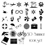 30-Sommer-Reisefeiertags-Ikonensatz Lizenzfreie Stockbilder