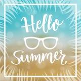 Sommer-Seehintergrund mit Mitteilung hallo Sommer Auch im corel abgehobenen Betrag Lizenzfreies Stockfoto
