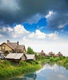 Sommer von der landwirtschaftlichen Landschaft Lizenzfreies Stockfoto