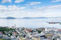 Sommeransicht von Hammerfest lizenzfreie stockfotos