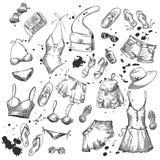 Sommerart und weise Sammlung Sommerkleidung und -Zubehör Stockfotografie