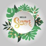 Sommerfahne mit tropischen Blättern und Beschriftung hallo Sommer! Stockfotos