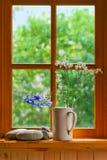 Sommerfenster Stockfotografie