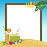 Sommerferien auf dem Strandhintergrund Stockbilder