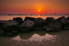 Sommerferien im Strand von Numana Stockfoto