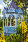 Sommergarten mit Nische Stockfotografie