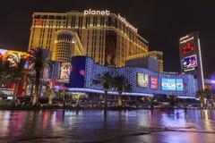 Sommergendosi davanti al pianeta Hollywood a Las Vegas, NV il 1° luglio Immagini Stock