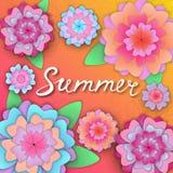 Sommerhandbeschriftung auf der Fahne mit Papierblumen Schablone für Sommerschlussverkauf, Rabatte, Parteien Stockbild