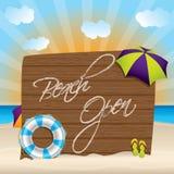 Sommerhintergrund mit offenem Zeichen des Strandes Lizenzfreie Stockfotografie