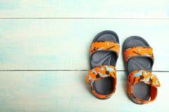 Sommerkind-` s Sandalen Stockbilder