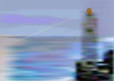 Sommerlandschaft mit glänzendem Leuchtturm und Meer Lizenzfreies Stockfoto