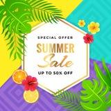 Sommerschlussverkauf mit Stammes- Hintergrund Stockfoto