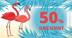 Sommerschlussverkauf, Rabattfahne mit Flamingo, tropische Blätter und Seehintergrund lizenzfreie abbildung