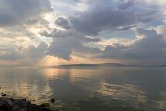 Sommersonnenuntergang lizenzfreies stockbild