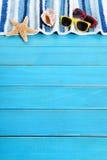 Sommerstrand-Hintergrundgrenze Stockfoto