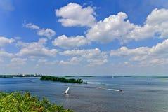 Sommertag auf Dnepr Lizenzfreies Stockbild