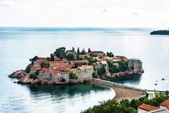 Sommerurlaubsortlandschaft, Insel von St Stephen, Budva, Adriati Stockbild