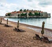 Sommerurlaubsortlandschaft, Insel von St Stephen, Budva, Adriati Stockfoto