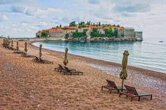 Sommerurlaubsortlandschaft, Insel von St Stephen, Budva, Adriati Lizenzfreie Stockbilder