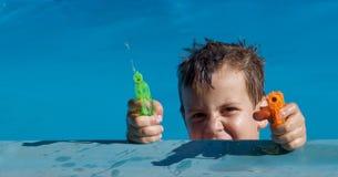 Sommerwasserkampf Stockfotografie