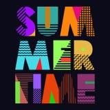 Sommerzeit-T-Shirt Typografie, Vektor Lizenzfreie Stockfotos
