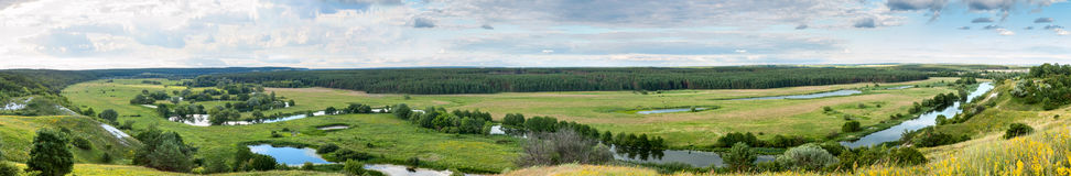 Sommerzeitlandschaftsfahne, Panorama - River Valley des Siverskyi Seversky Donets Lizenzfreie Stockfotografie