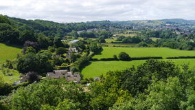 Sommerzeitlandschaftsszene im Cotswolds England Lizenzfreie Stockbilder