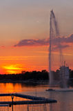 Sommerzeitsonnenuntergang am Ada See, Belgrad Lizenzfreie Stockfotografie