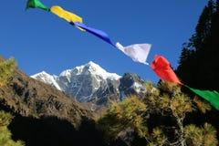 Sommet d'everest de drapeau de bouddhisme du Népal images libres de droits
